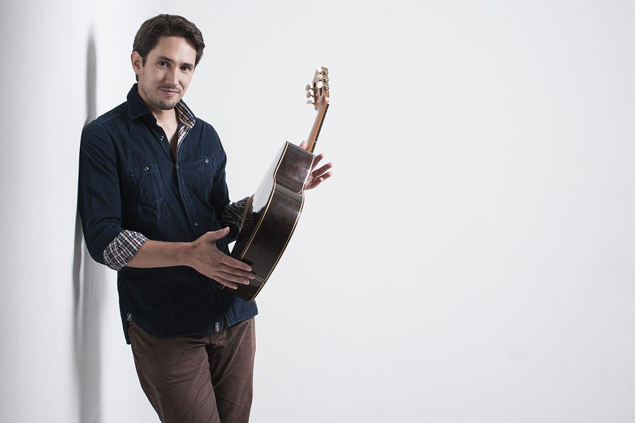 Pablo Romero Luis guitarra